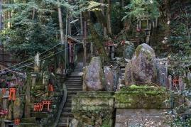 Fushimi Inari - sub-shrines (IMG_7929)
