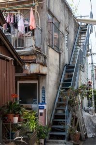 Steep and narrow stairs - pic 2