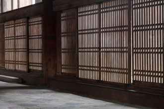 Screen doors at Todaiji Temple - Nara