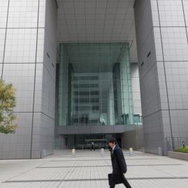 61-16-shinjuku-salaryman-img_0671
