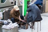 61-17-shoeshine-vendor-img_1189