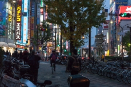 61-19-shinjuku-lighting-up-img_0915