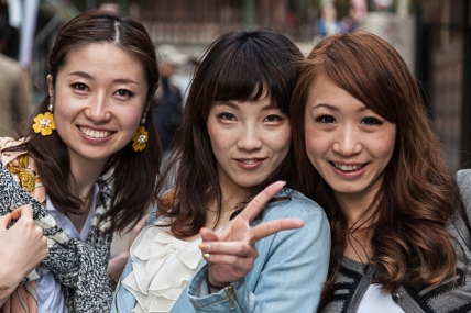 69.17 Girls in Gion (IMG_5342)